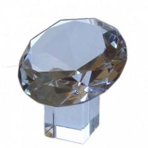 Хрустальный кристалл 15 см. на хрустальной подставке