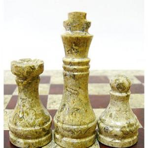 Шахматы из ценных сортов природного камня Яшма 40 х 40 см.