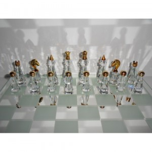 Шахматы ювелирные подарочные хрустальные Хрустальный дворец 25 см.