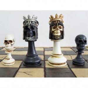 Шахматный набор Короли подземного мира, полистоун, 42 х 42 см.