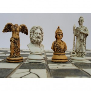 Шахматы из полистоуна Мифология 27 х 27 см.