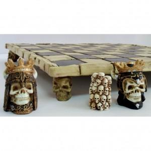 Шахматный набор Короли подземного мира 32 х 32 см.