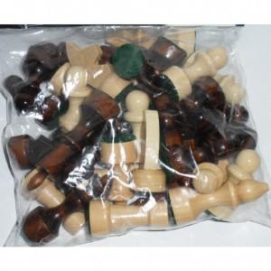 Шахматные фигуры деревянные, лакированные к доскам от 25 см. до 35 см.