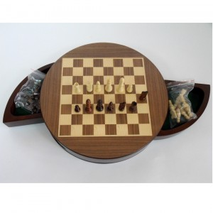 Шахматы Круглые магнитные деревянные 30 см.