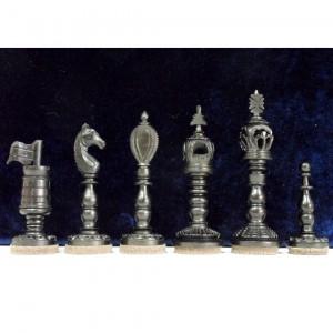 Шахматные фигуры Флаги на башнях, резная кость в кейсе
