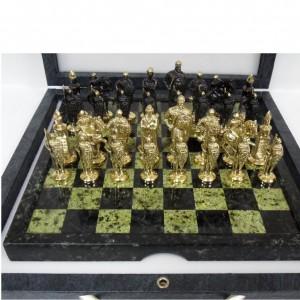 Шахматы 33 см., змеевик, бронзовое литьё, кожаный кейс