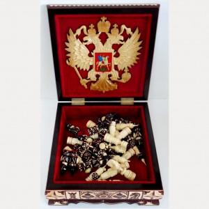 Шахматы резные в резном ларце 25 см. с гербом России