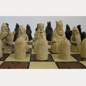 Шахматный набор Кочевники из полистоуна 37 х 37 см.