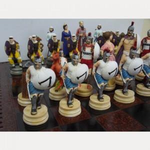 Шахматный набор 44 х 44 см. из полистоуна 300 спартанцев