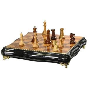 Шахматы Большие фигурные, деревянные 48 х 48 см.