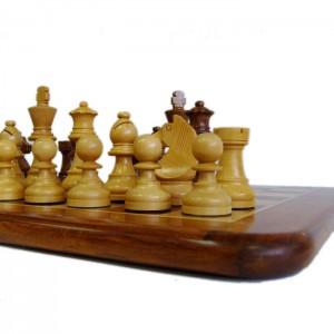 Шахматный набор Палисандр подарочный 3,75 дюйма с доской 40 х 40 см.